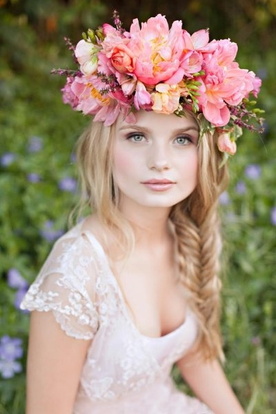 Chic Floral Crowns for Dreamy Brides