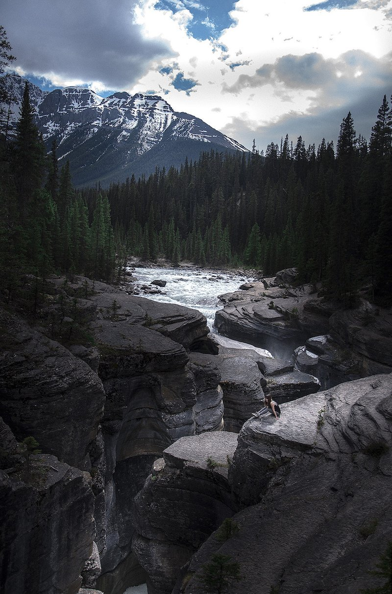 Jonathan Moyal is On the Road with His Camera