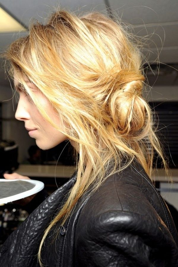 30 Messy and Chic Hairstyles