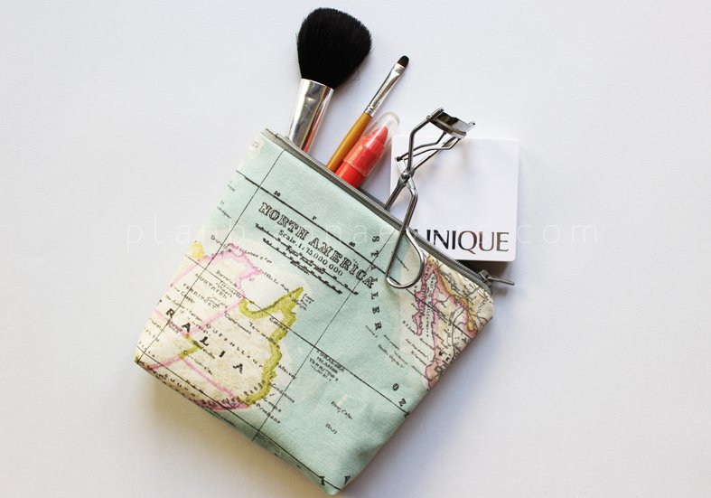 20 Tutorials for DIY Travel Accesories and More