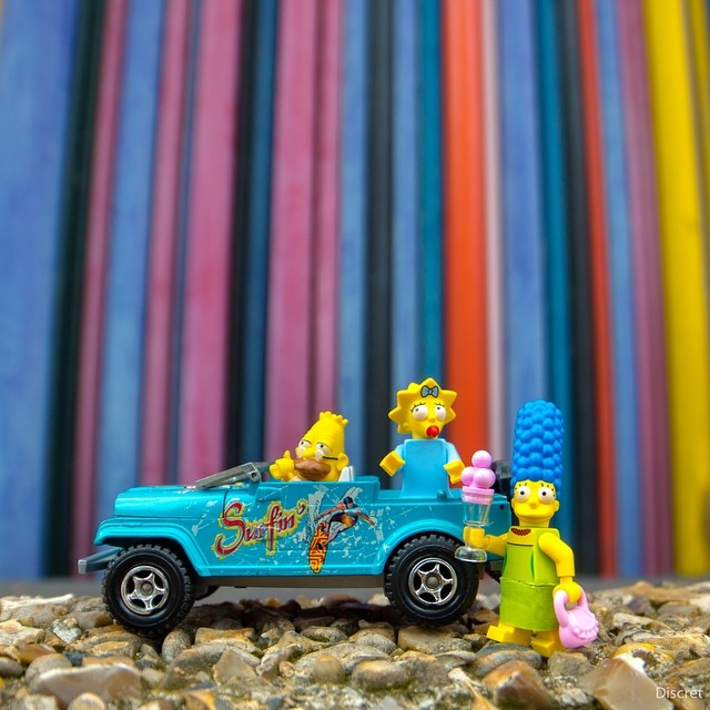 Travelling with Toys by Arnaud Brecht