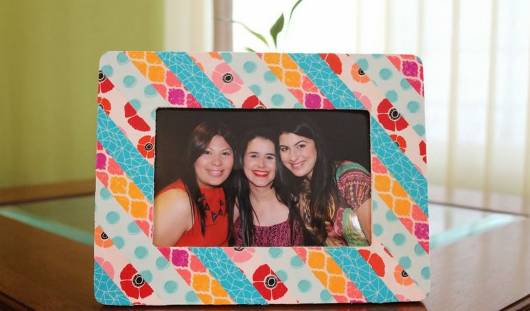 Display Your Memories in DIY Frames