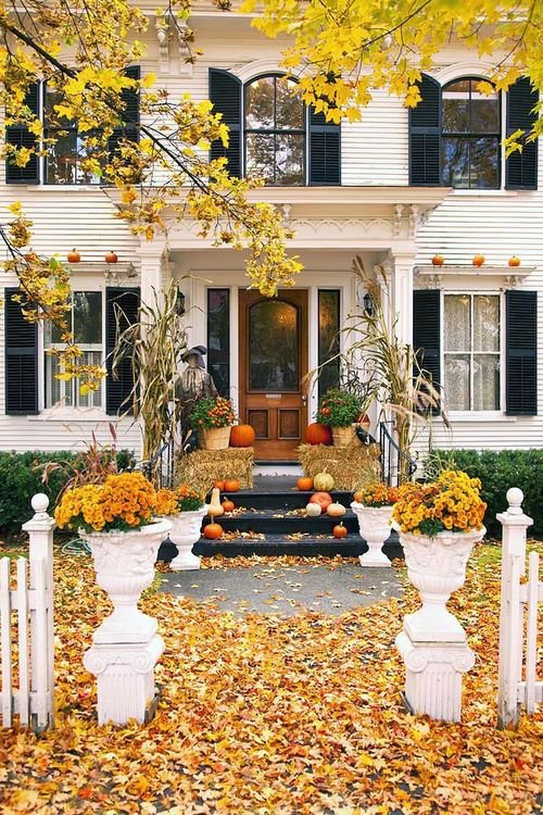 35 Front Porch Decoration Ideas for Fall