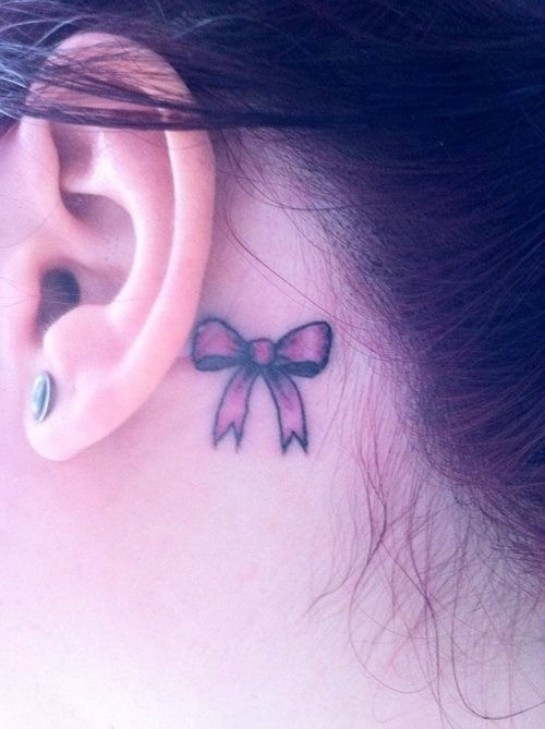 41 Cool Behind the Ear Tattoo Designs