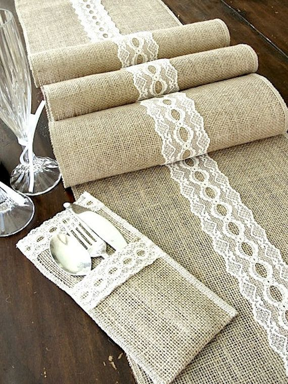 25 Burlap Placemats for Fall Tablescapes