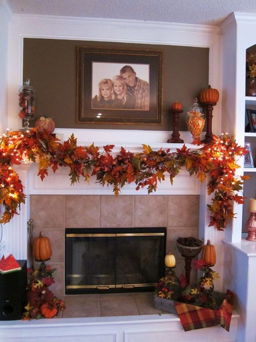 40 Brilliant Mantel Decoration Ideas For Thanksgiving
