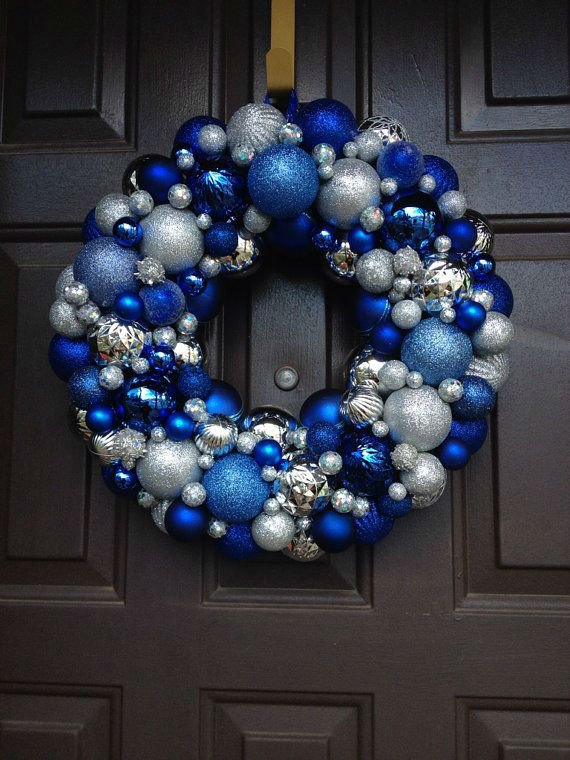 37 Dazzling Blue and Silver Christmas Decorating Ideas