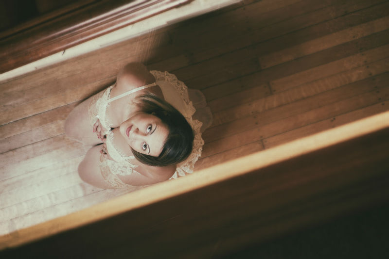 40 Boudoir Photography Ideas for Valentines Day