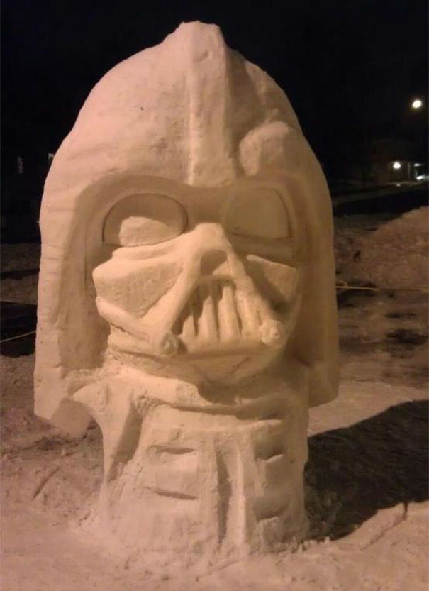 21 Creative Snow Sculptures to Build This Winter