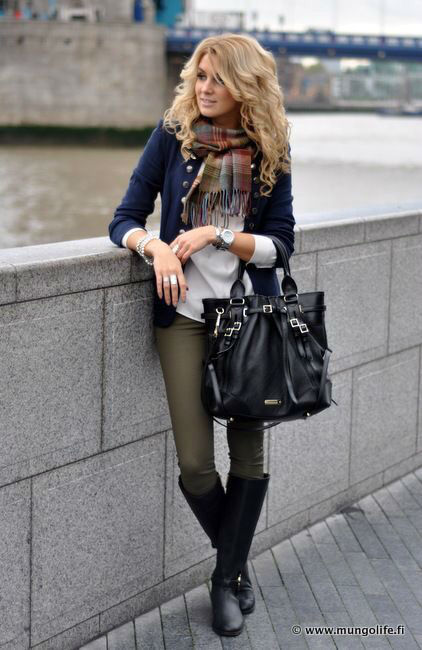 34 Plaid Scarves That Will Season Your Fall Outfits