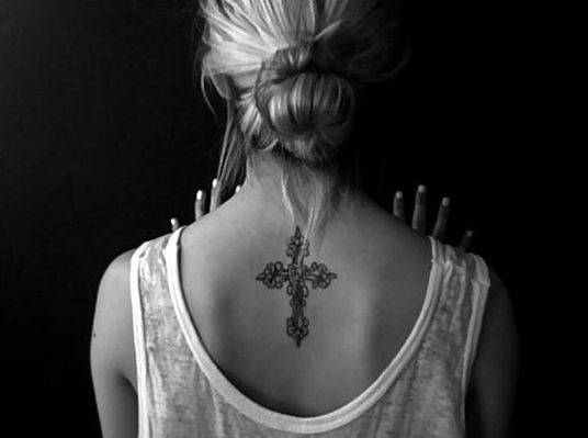 12ece0125 23 Awesome Upper Back Tattoos for Women