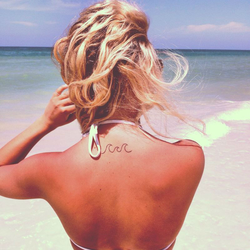 20 Powerful Wave Tattoos