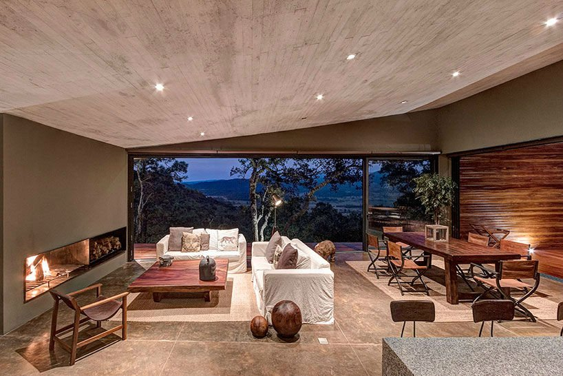 Casa GG is a Stunning and Modern House Located in the Vast Nature