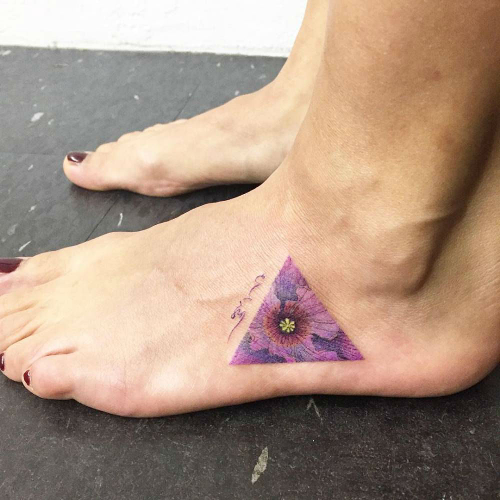 23 Cool And Modern Triangle Tattoos