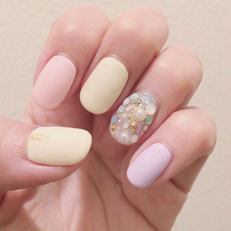 24 Dreamy Pastel Nail Designs for Spring