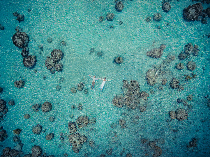 Photographer from Tahiti Creates Awesome Wedding Photos