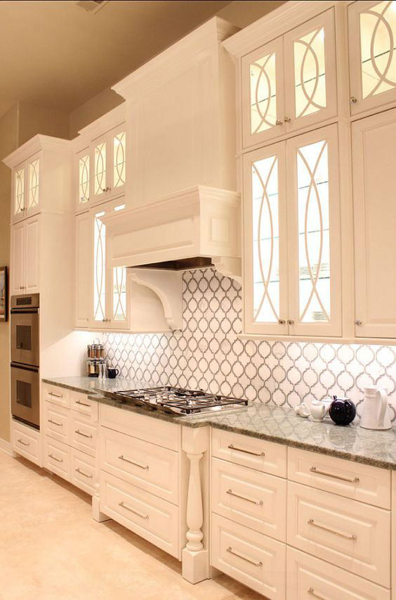 30 Inspiring White Kitchens with Delicate Details