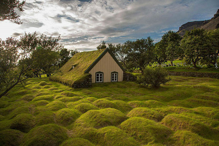 Beautiful Scandinavian Houses Look Like They Belong in The Shire