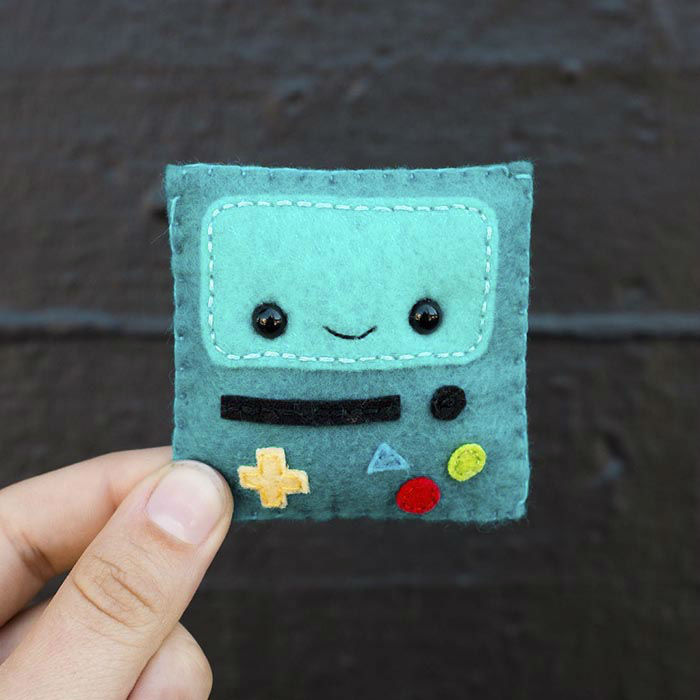 100 Cute Felt Faces in 100 Days