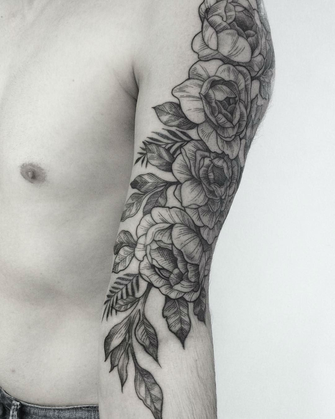 Gabriela Arzabe Creates Stunning Botanical Tattoos