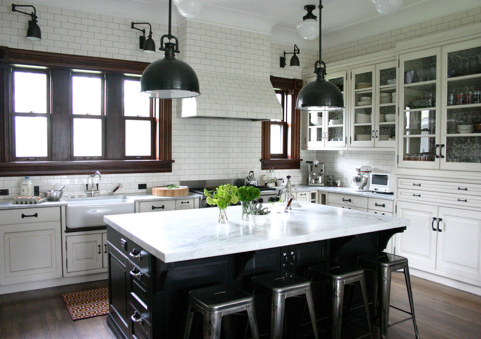 20 Elegant Subway Tile Kitchen Designs