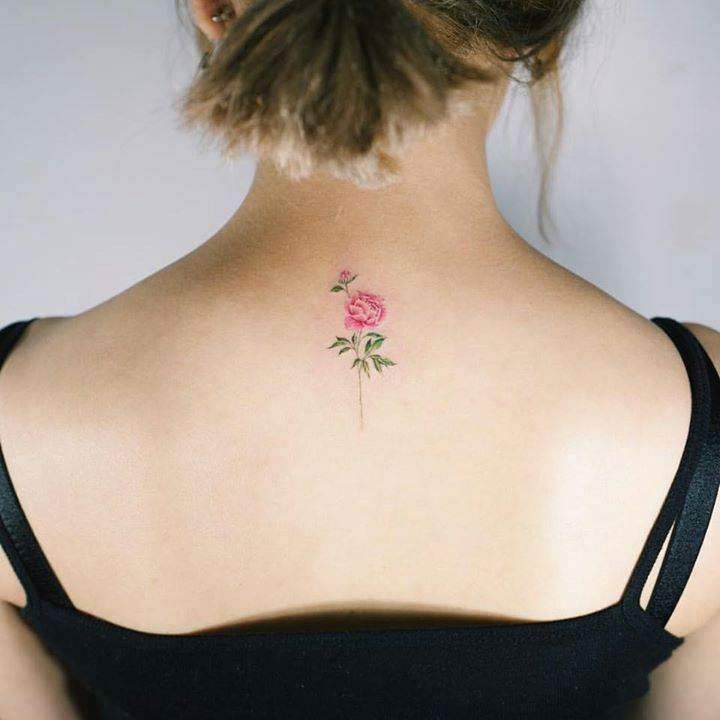 3f126c0b8 27 Subtle Small Flower Tattoos - Sortra