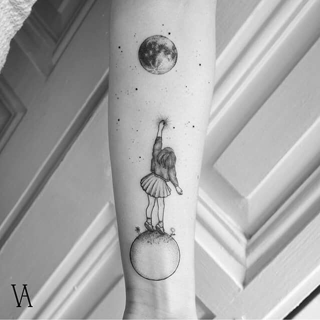 High Quality Minimalistic Tattoos by Surrealist Violeta Arus