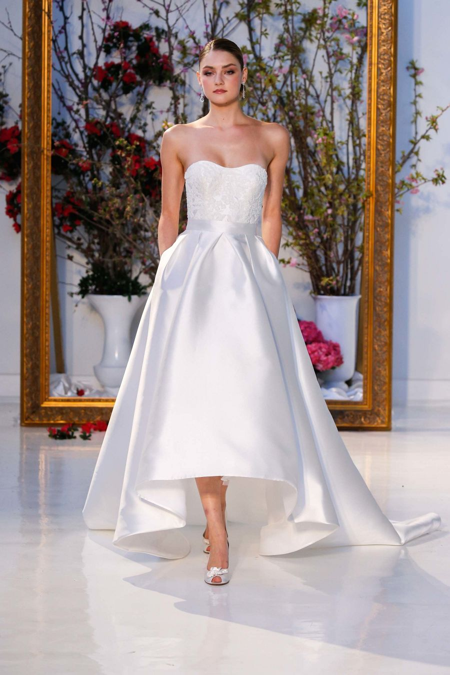 26 The Most Beautiful Wedding Dresses of 2017