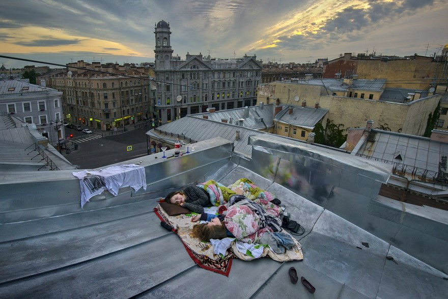 Alexander Petrosyan Captured Stunning and Completely Honest Photos of St. Petersburg