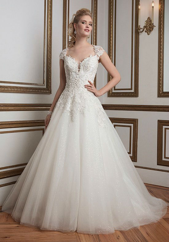 Dazzling and Sparkling   30 Ball Gowns We Picked for Your Special Day