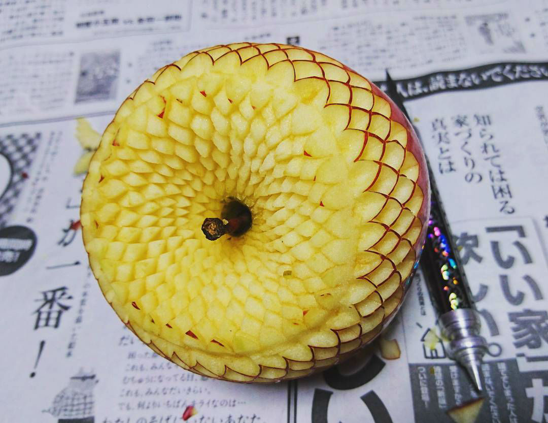 Gaku From Japan Creates Wonderful and Tasty Art by Carving Fruits and Vegetables