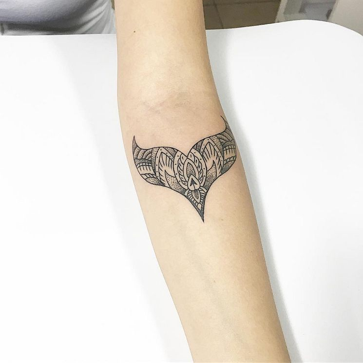 20 Meticulous Tats for Women by Carlos Eduardo