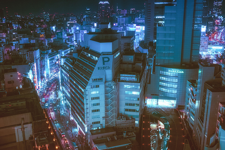 Japanese Photographer Captures the Vibrant Colors of Tokyo at Night