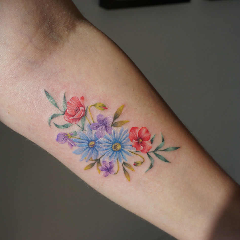 17 Fine Line Pastel Tattoos by G. No