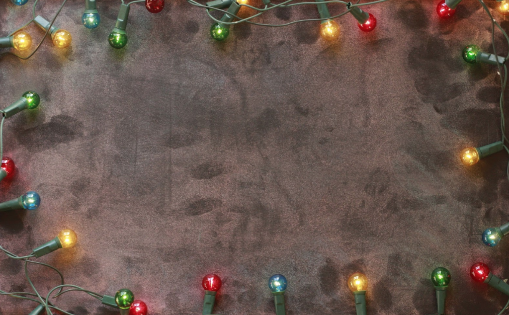 4 Effective Ways to Keep Your Christmas Lights Tangle Free for Next Year