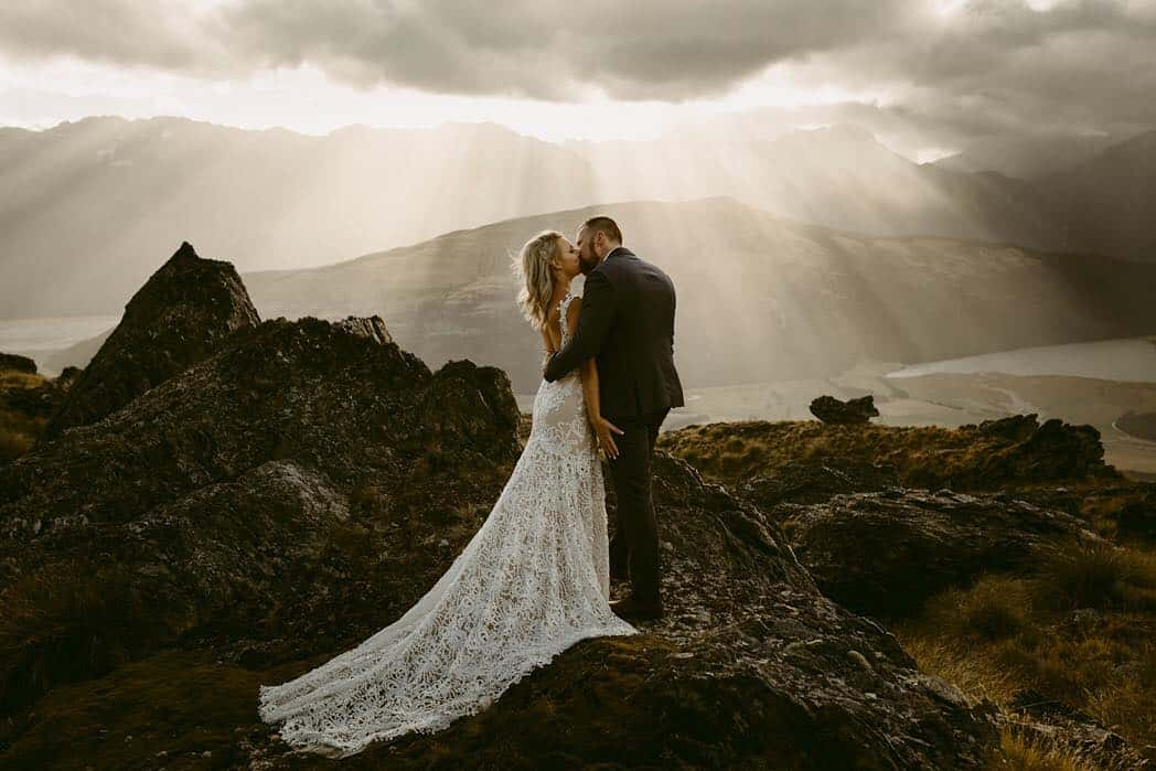 Exceptional Wedding Photography by Dawn Thomson