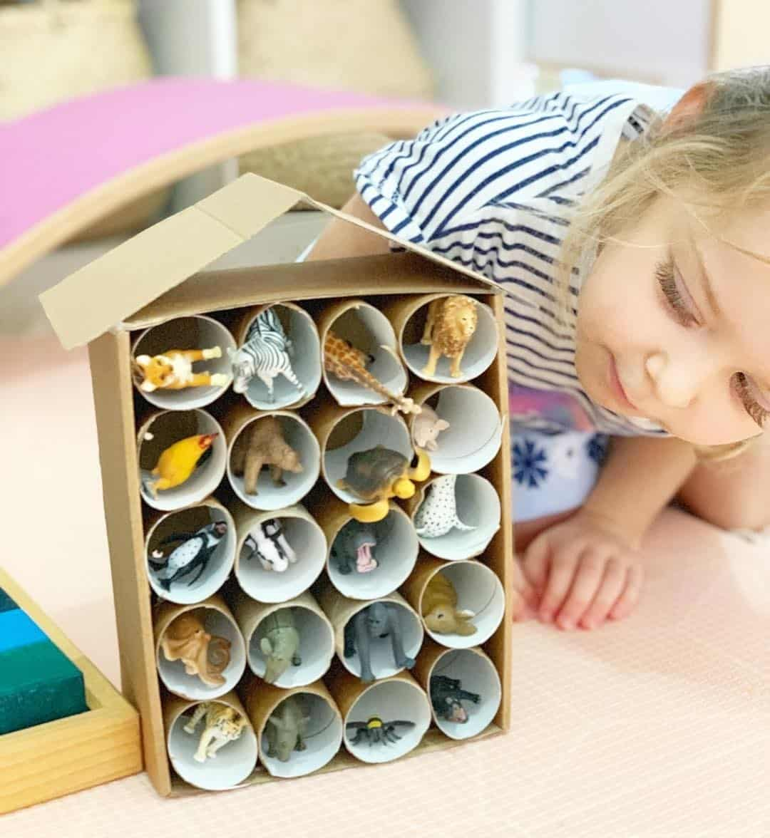 14 Easy Crafts With Toilet Paper Rolls