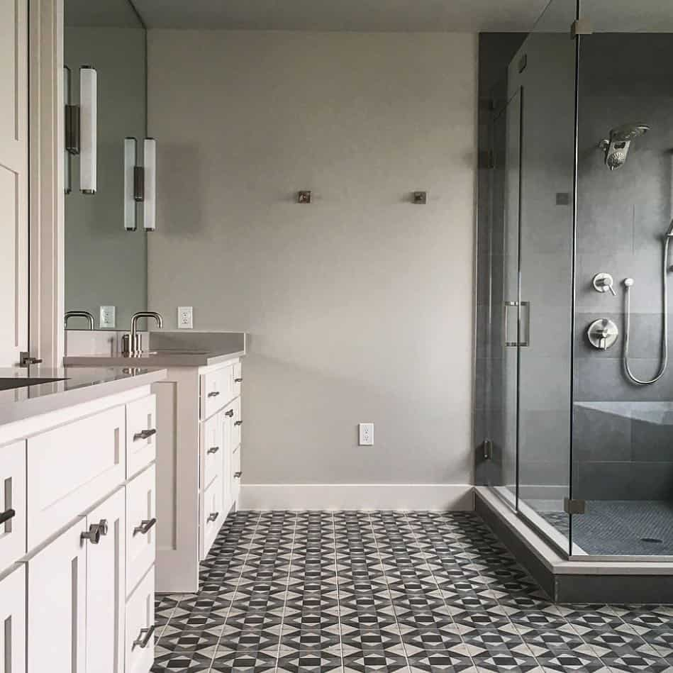 24 Patterned Floor Tile Ideas for Your Bathroom