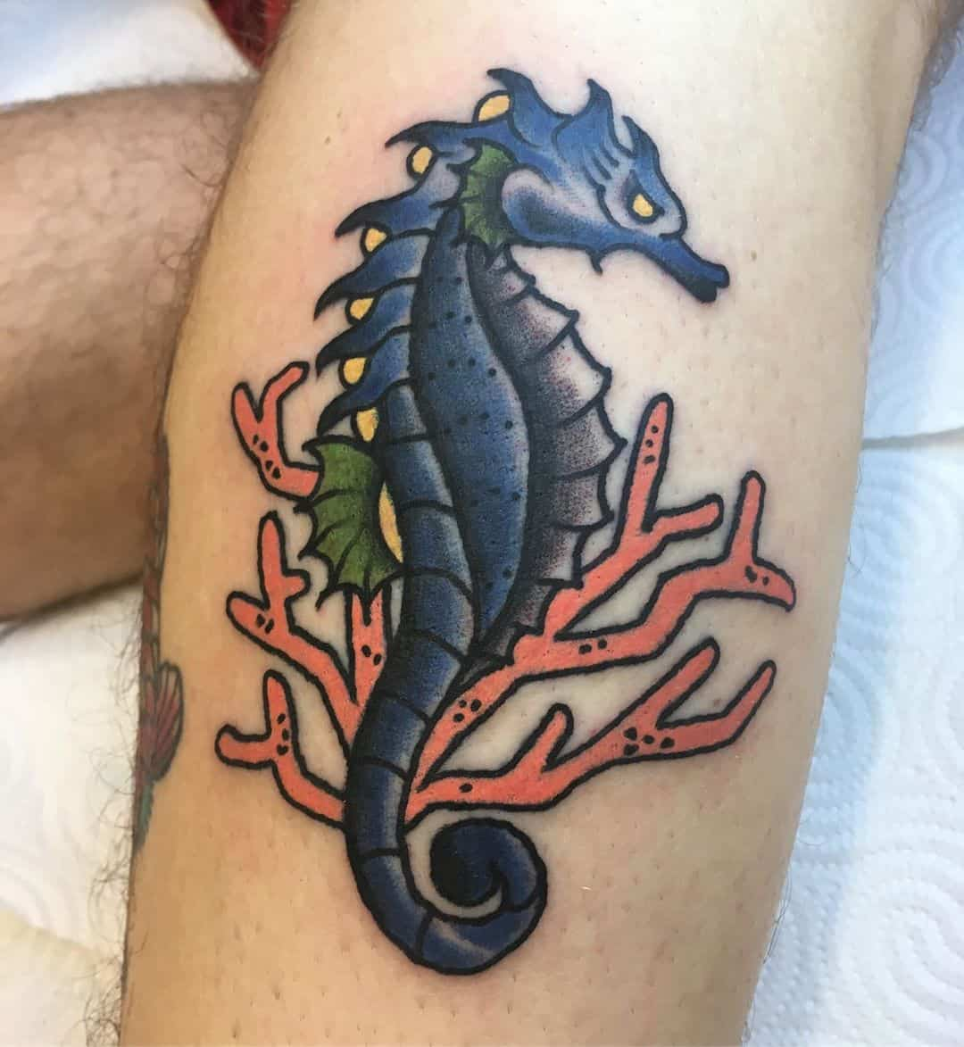 22 Unique and Mysterious Sea Horse Tattoo Examples