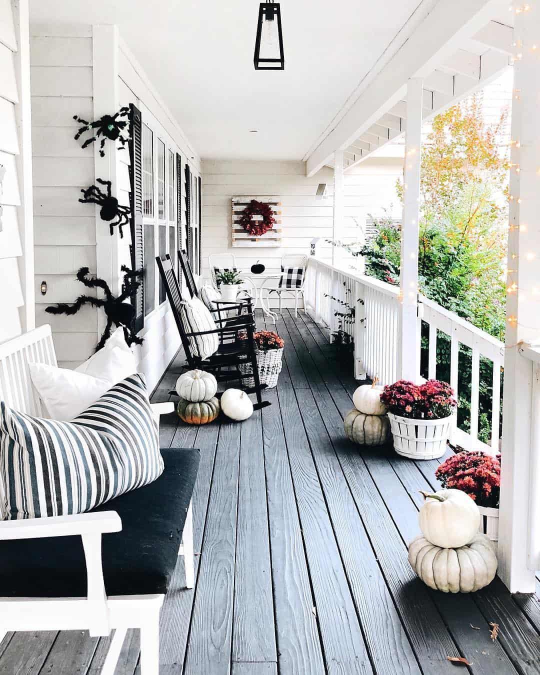 24 Fabulous Front Porch Design Ideas