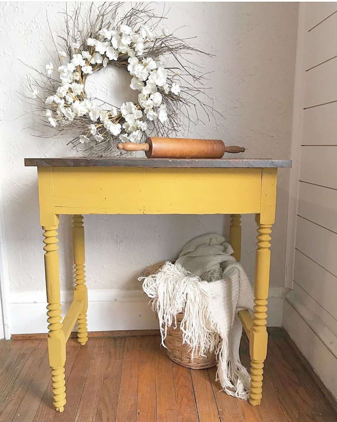 26 Furniture Restyle Ideas That Youll Fall In Love