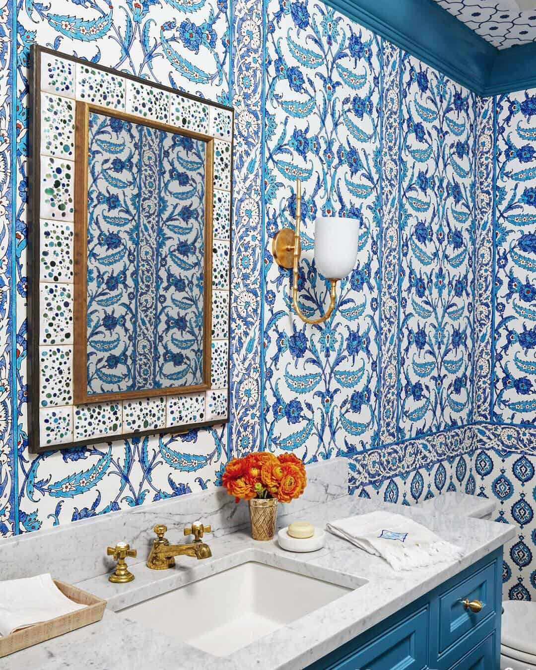 26 Serene Blue Bathroom Design Ideas