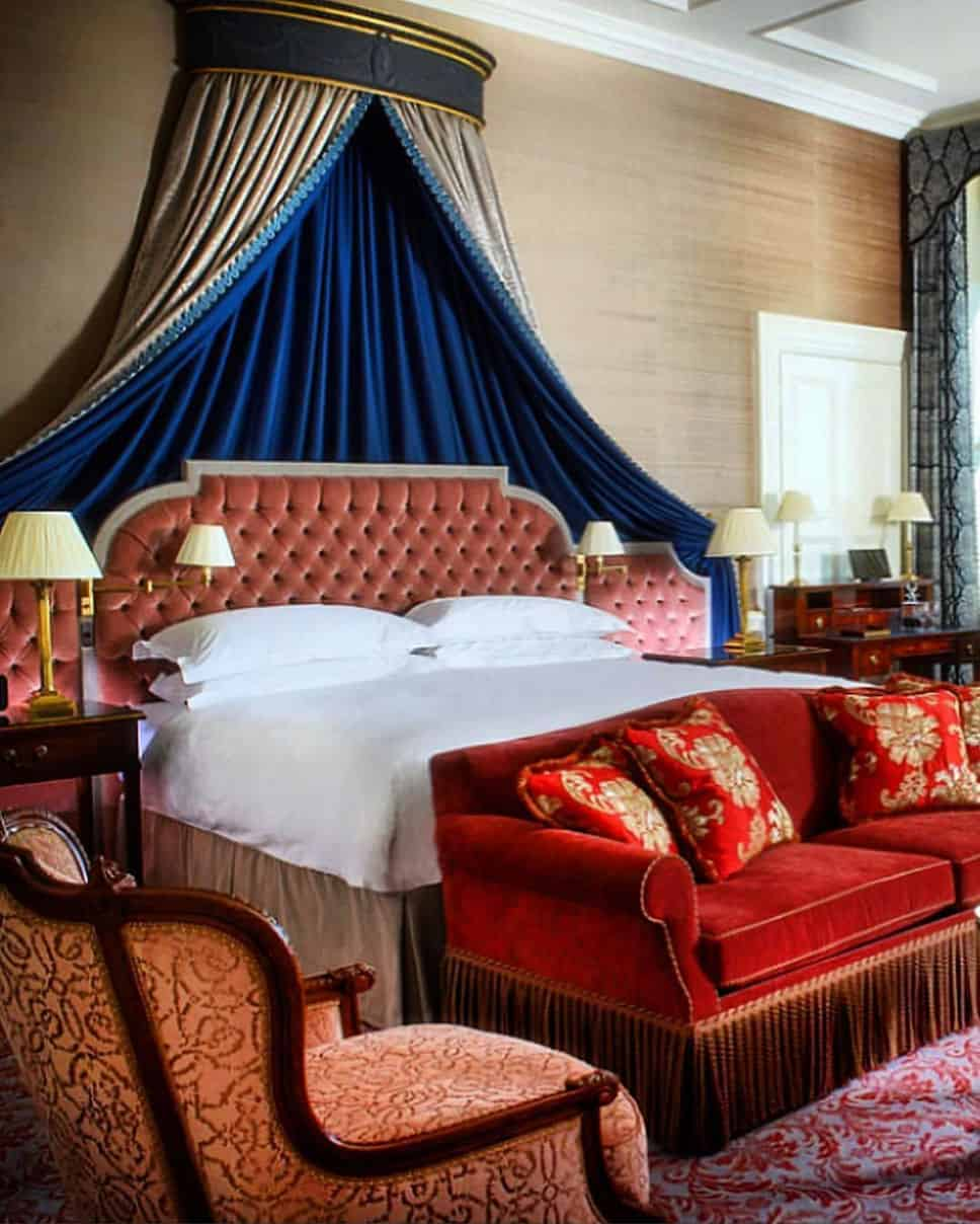 20 Glamorous Bedroom Design Ideas