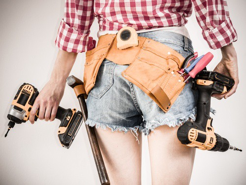 What Is A Good Cordless Drill For A Woman?