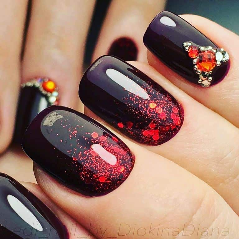 23 The Prettiest Fall Nail Art Examples To Try