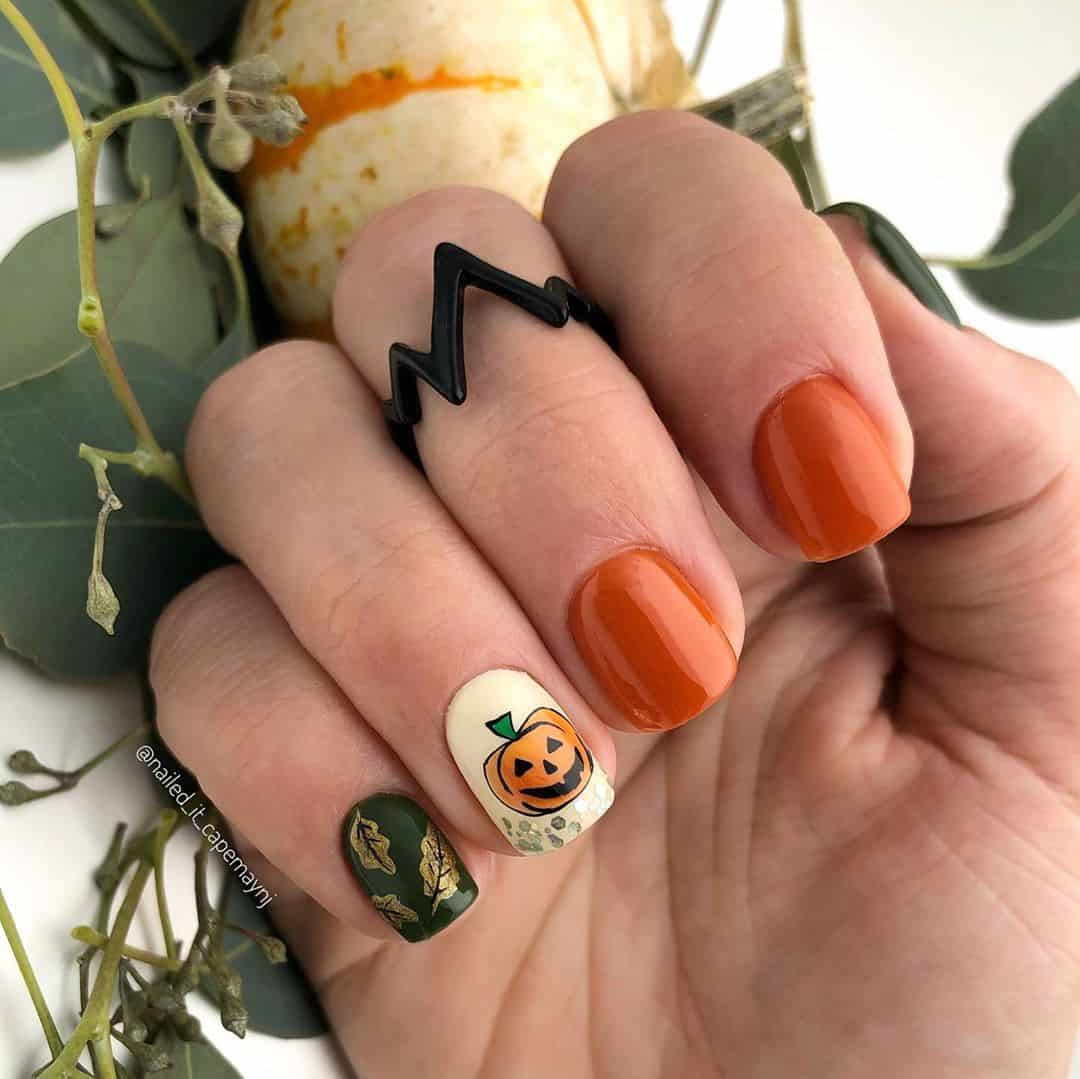 20 Lovely Nail Art Examples with Pumpkin Pattern
