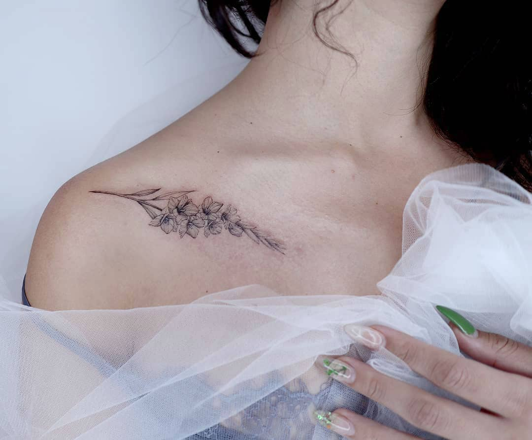 27 Graceful Gladiolus Tattoos and What This Beautiful Flower Symbolizes